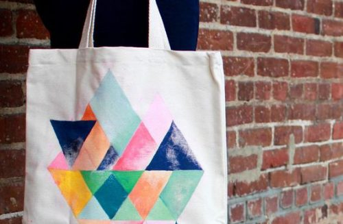 Tote bag con estampado de colores