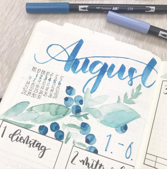 lettering agosto rotulador acuarela